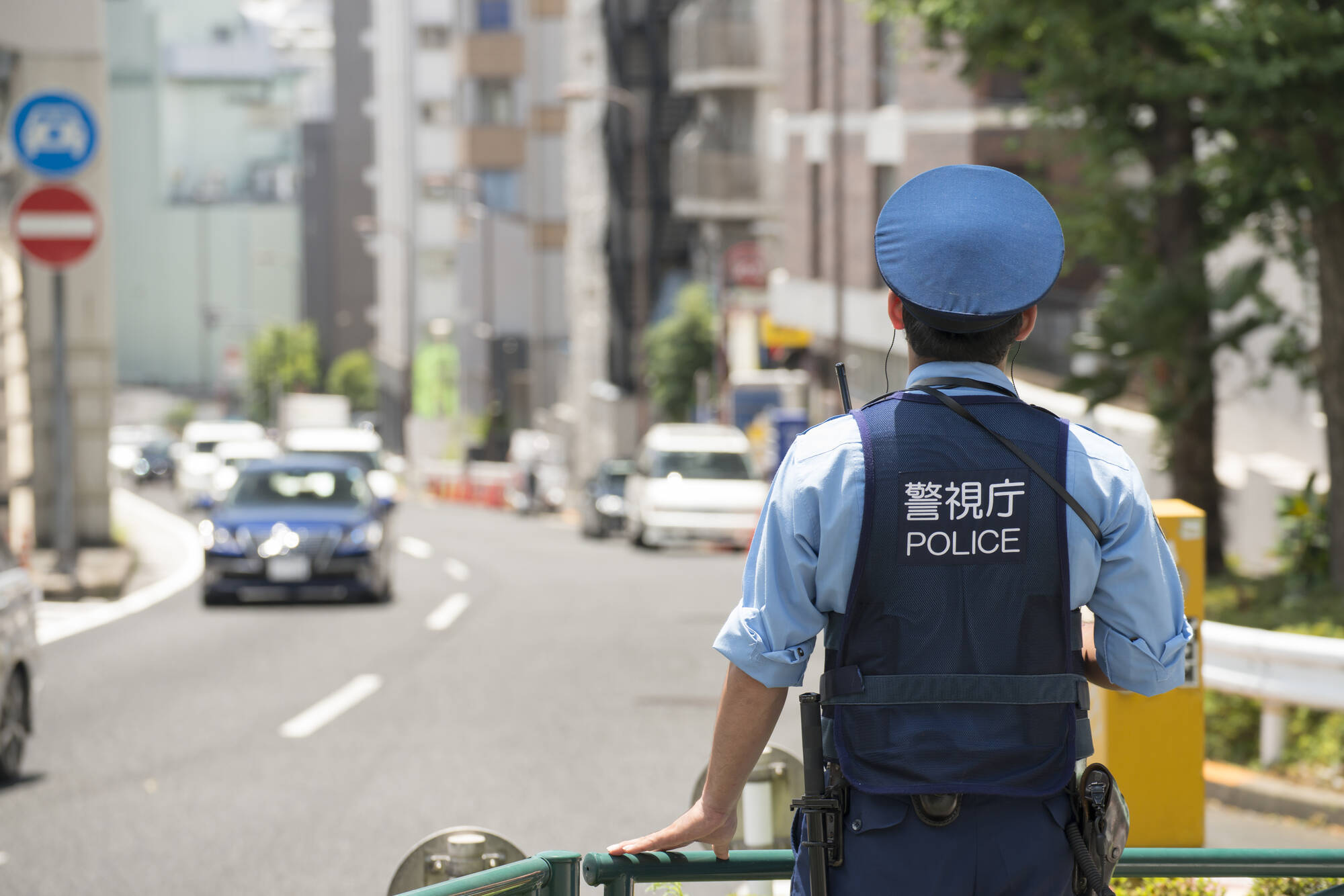 かなり厳しい…日本の警察官が拳銃を撃てる要件とは? (2015年8月17日 ...