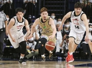Bリーグ、琉球が4強入り 86―77で富山退ける