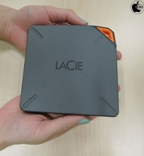 Apple Store、LaCieのWi-Fi接続ストレージ「LaCie Fuel 1TB Wireless Storage」を販売開始