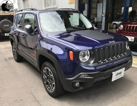JeepとBeats by Dr. Dreがコラボレーションした限定車「Jeep Renegade Trailhawk Beats Edition」をチェック