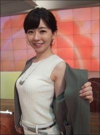 松尾由美子アナ、美乳くっきりの...