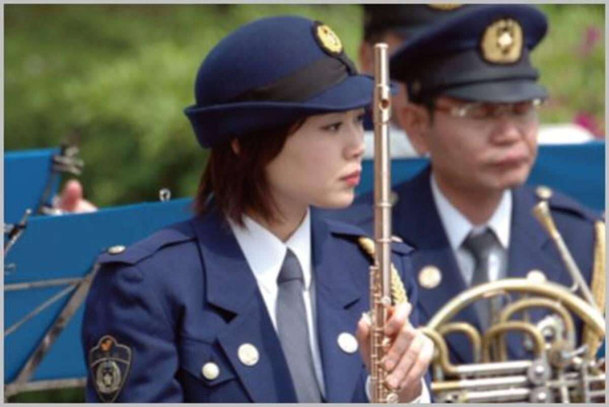 明日から合服になる女性警察官の制服のお値段 (2019年3月31日 ...