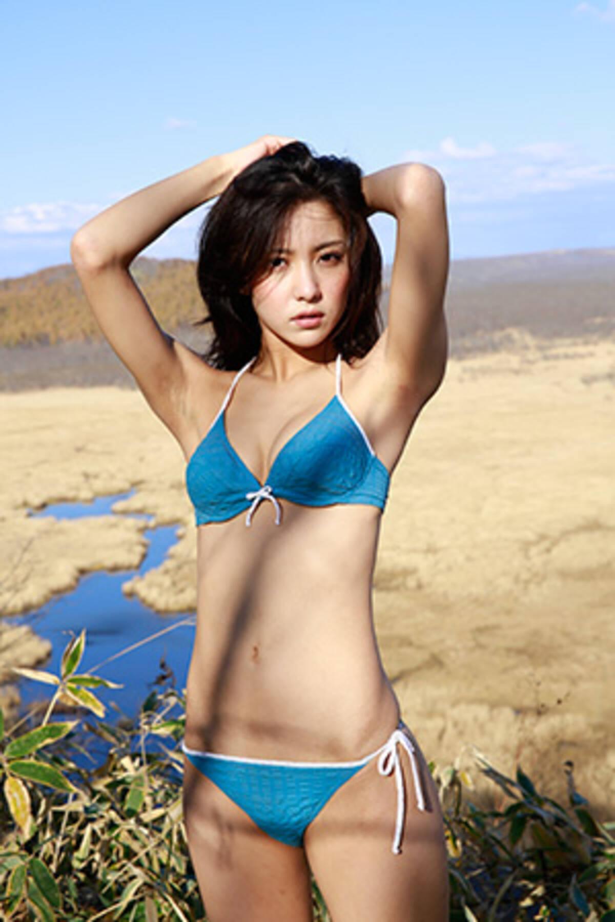 挫折しかけたギャルモデルが水着になって週プレの表紙を飾った話ーー石川恋、ビリギャルからの再生 (2015年12月2日) - エキサイトニュース
