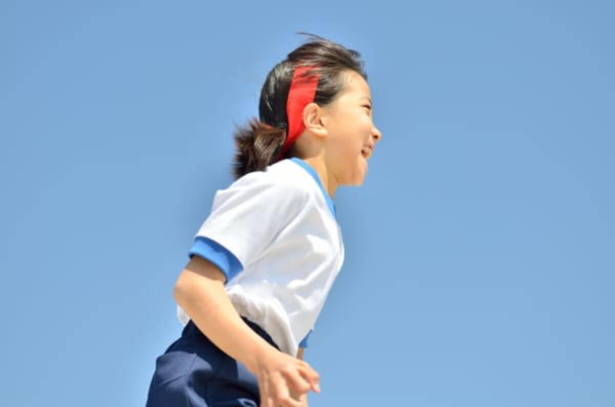 体操服姿の女子生徒を撮影した中学講師 理科室での秘密の「実験」に ...