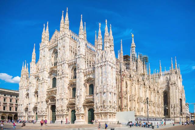 ロマネスク、ゴシックの違いは?ヨーロッパ旅行がもっと楽しくなる建築 ...