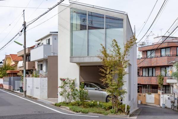 土地のポテンシャルを活かす三角形から生まれる豊かな時間四季の変化を愉しむ家