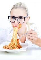 よく泣く女は太りにくい? ストレスがダイエットに与える影響
