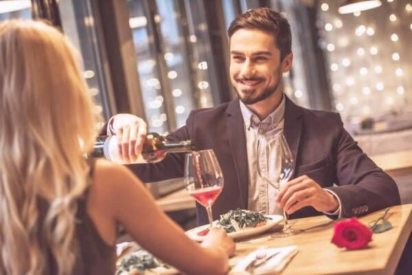 ワインの頼み方から分かる!男性のタイプ別・正しいアプローチ方法