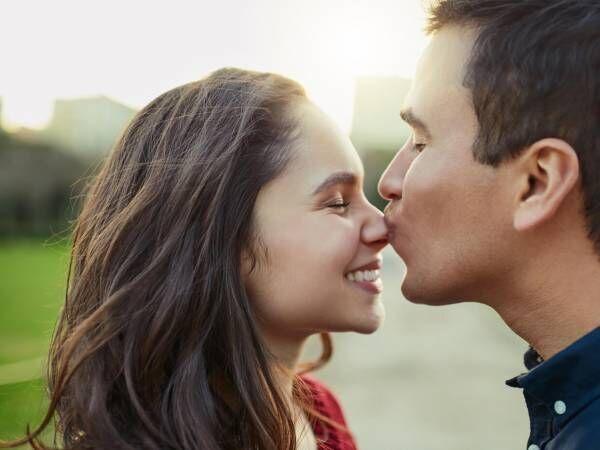 「今キスしたいと思ったでしょ!」男がキスしたくなったときのサイン