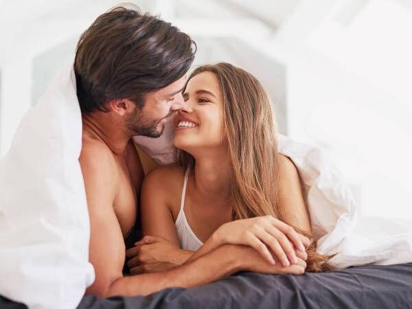 「遊び相手」候補から本命へ!お泊り後の行動で男心を揺さぶる方法
