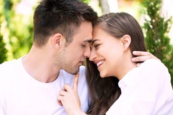 小技でいつもと違うキスを!彼が喜ぶテクニックとは
