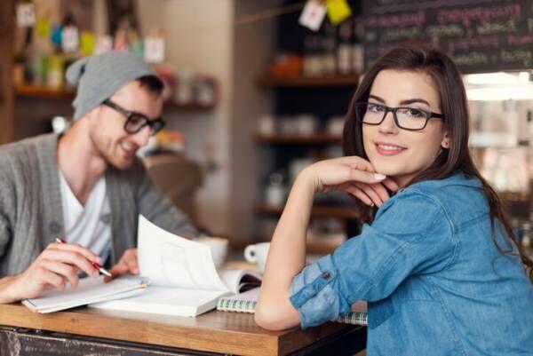 仲良しの秘訣!長続きカップルが実践する会話術