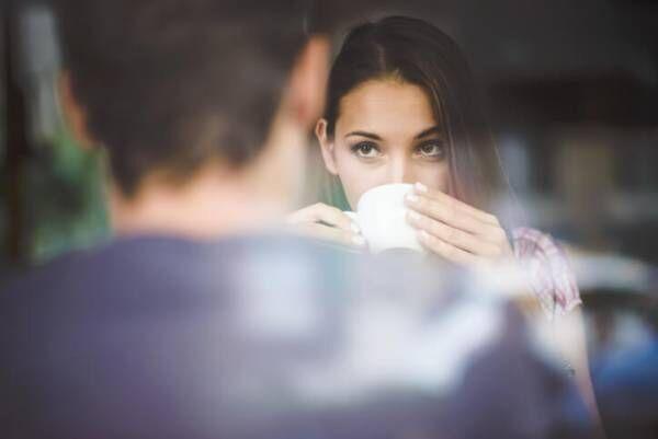 食事デート中に男性が「この子のこと好きになれない」と感じる行動