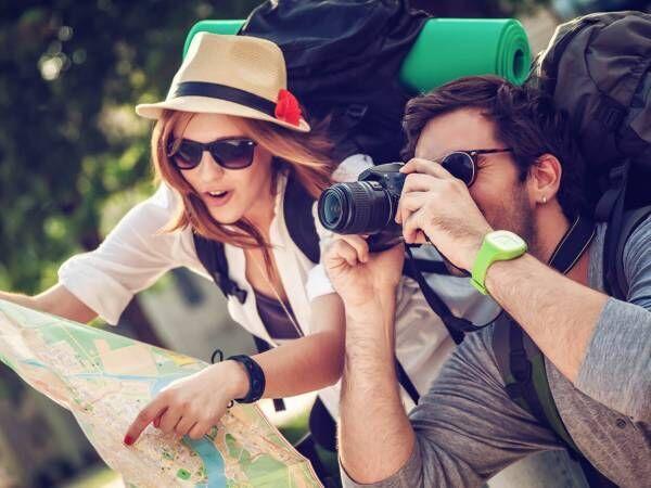 たまには遠くに…男が「一緒に旅行したい」と思う女子の特徴