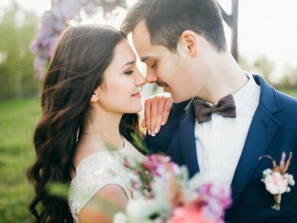 B型女子のカップル傾向!「結婚の相性」が良い血液型は?