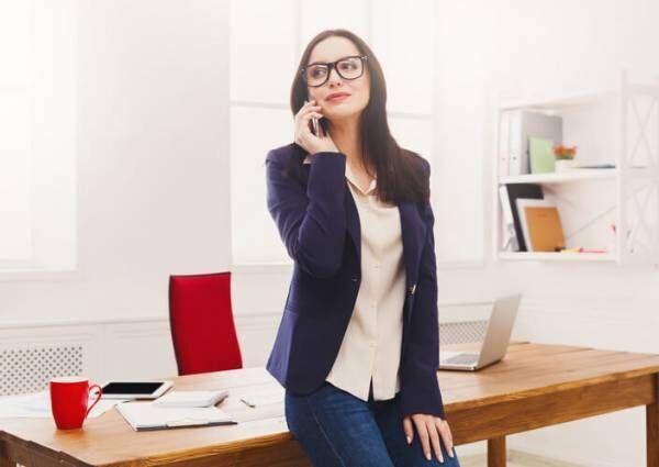 社内恋愛って難しい?職場でモテる女性の特徴3つ