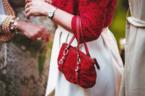 結婚式ゲスト向けバッグおすすめ9選!マナーに適した素材と大きさで選ぶ