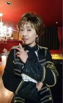 小林幸子、絶賛された「王様」風男装コスプレを披露