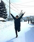鈴木亮平、北海道で映画の撮影「寒すぎて変なテンションになった」