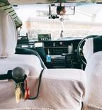 AKINA 石垣島で遭遇した「カラオケタクシー」の車内公開
