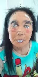 浅野温子 トレエン・斎藤の似顔絵パックを使用した顔公開「褒められた」