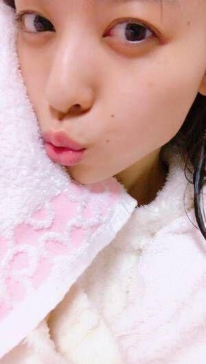 矢島舞美、ツルツルすっぴん顔公開「綺麗」「美しい」と称賛の声