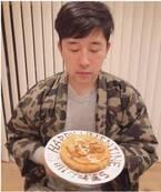 高橋愛、結婚記念日に手作りケーキ「あべさん、5年目もよろしくね!」