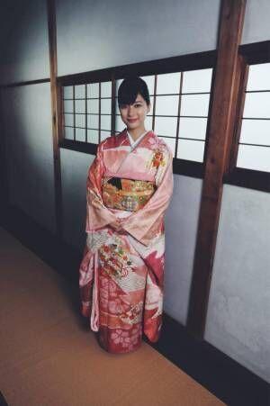 芳根京子、着物姿のオフショットを披露「見とれてしまう」「魅力が溢れます」の声