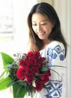 里田まい、バレンタインに夫・田中将大からバラの花束「優しくて素敵」「この幸せ者~」の声