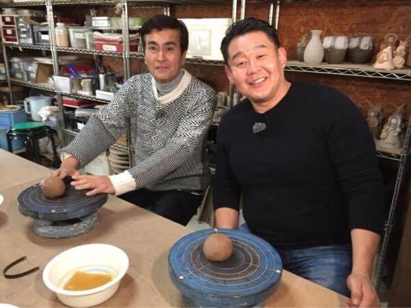 花田虎上、旅番組で石原良純とオフショット 戦利品に「ご馳走様でした!」