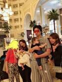 川崎希、ディズニーランドホテルでブッフェ「どれも美味しい~」