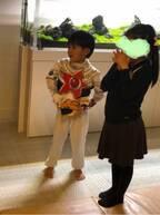 """市川海老蔵が息子の誕生日に招いた""""超大物""""に予想の声集まる「カニ蔵さんでは?」「キュウレンジャーですね」"""
