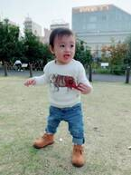 """川崎希、息子のハイブランドとプチプラの""""MIXコーデ""""を公開"""