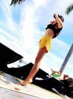 渡辺美奈代、のんびりプールを満喫 水着姿に「スタイルよすぎ」「ステキな脚線美」の声