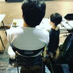 鈴木おさむ、息子を連れて舞台稽古へ「働く姿を見せることはいいこと」と反響