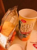 安田大サーカスHIRO、食事に誘われた日の昼食公開「夜まで我慢!!!」