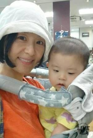 加藤貴子、息子2人の育児中に起きた指の異変「ギャン泣き輪唱したくなるような、反省の日々」