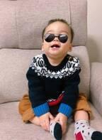 保田圭、ビビアン・スーからのお下がりを着た息子を公開「素敵です」「可愛い盛り」の声