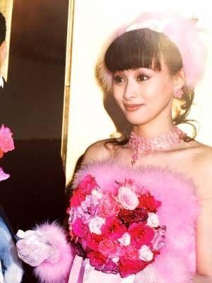 渡辺美奈代、22年前のウエディングドレス姿公開「いくつになっても綺麗」「美しくてびっくり」とファン絶賛