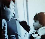高橋英樹、いつ見ても「高橋家はよく食べる」と思う白黒写真を公開