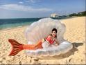 平野ノラ、沖縄でマーメイドになった姿を公開「OKバブリーめんそーれ」