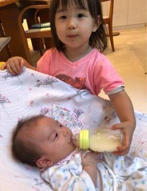 理子、長女・青葉ちゃんが妹の世話を手伝い「お姉ちゃんになって来てるかな…」