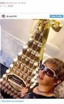 DJ KOO、GACKTの誕生日にビールタワー写真公開「最KOOのバースデー」