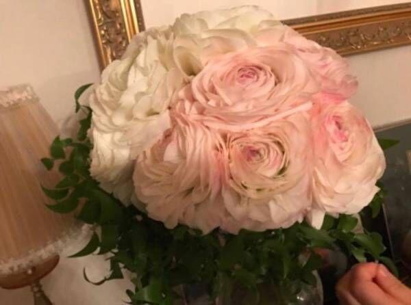 """小倉優子、""""幸せな未来をイメージ""""した花束に涙止まらず「誠実に生きていこう」"""