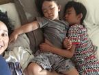 東尾理子、仲良く眠る子ども達の寝相に驚き「何故」