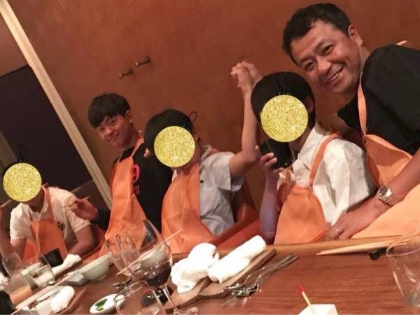 白城あやか、夫・中山秀征と三男の誕生日祝い「久しぶりに4人息子と食事」