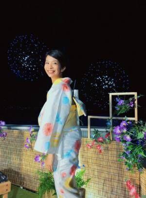 三倉佳奈、水野真紀らと浴衣で花火大会に参加「見てこの迫力!!!」