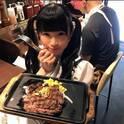 もえあず、仕事合間にも通う「いきなり!ステーキ」の裏ワザ公開