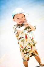 小原正子、ハワイで恒例のファミリーフォト撮影「自然の中で、自然な家族の姿」