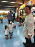 東尾理子、父・修氏や子どもたちと「息子リクエストの野球観戦」で東京ドームへ